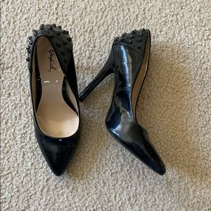Patent spiked pump
